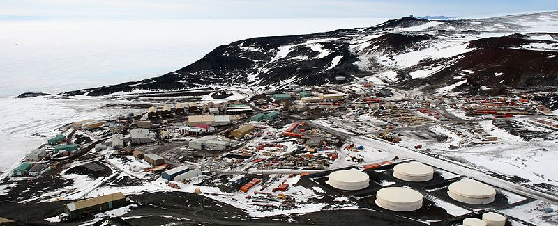 800px-McMurdo_Station